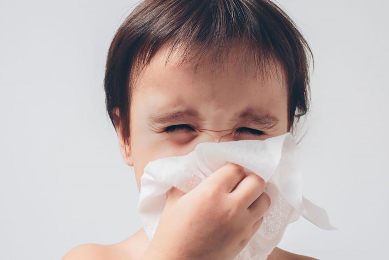 krople do nosa szkodzą dziecku