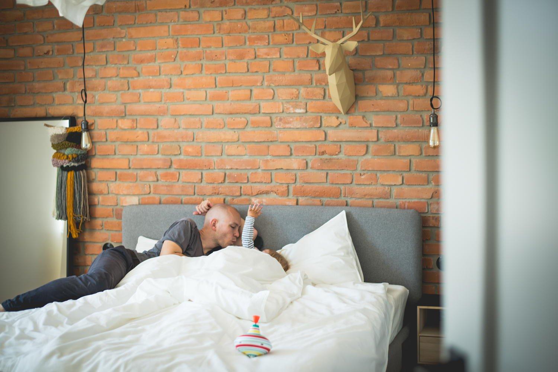 jak nauczyć dziecko przesypiać całą noc