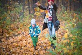 Czy przyjaźń z własnym dzieckiem to na pewno dobry pomysł?