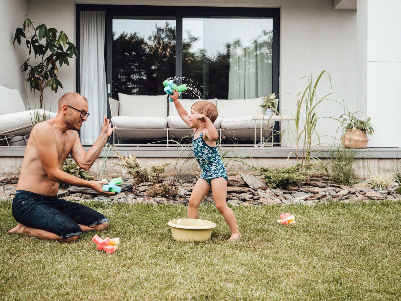 15 szalonych rzeczy, które trzeba zrobić z dzieckiem latem chociaż raz!