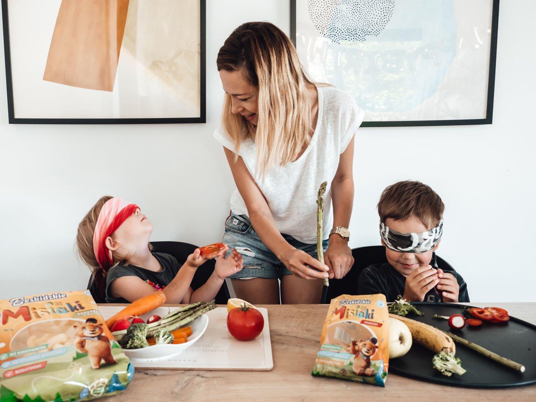 Twoje dziecko nie chce jeść nowości? Poznaj sposoby, dzięki którym zacznie!
